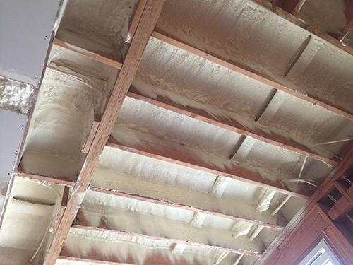 Spray foam insulation contractors los angeles for Batt insulation cost